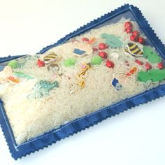 I Spy bags with dollar store items :) http://www.cluckclucksew.com/2009/07/eye-spy-bagthe-allison-way.html