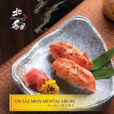 Salmon Mentai Aburi (Sushi Cá Hồi Sốt Mayonaise)