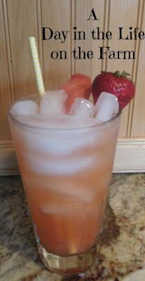 A Day in the Life on the Farm: Peachy Lemonade for #Foodie Extravaganza