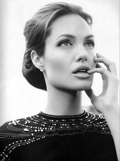 Angelina Jolie (Angelina Jolie Voight) Born in Los Angeles, California (USA) on June 4, 1975