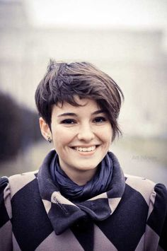 short hair styles for thick hair - Google Search