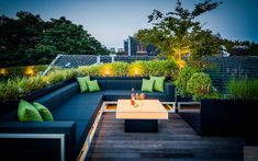 Modern dakterras, Erik van Gelder, Verlichting, Dexter Design bv, houten vloer, Tablazz Porch And Terrace, Terrace Garden Design, Rooftop Design, Rooftop Lounge, Rooftop Terrace, Terrace Ideas, Balkon Design, Lounge Design, Outdoor Seating
