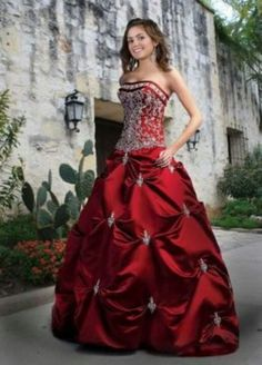 Custom quinceanera dresses in bright colors! These quince dresses can be made in any color. Lots of vestidos de quinceanera to choose from. Grad Dresses, Bridesmaid Dresses, Wedding Dresses, Dresses 2013, Long Dresses, Homecoming Dresses, Dresses Online, Bridal Gowns, Bridesmaids