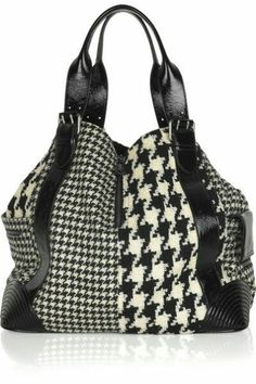 Tote Purse, Tote Handbags, Purses And Handbags, Tote Bags, Alexander Mcqueen Bag, Duo Tone, Hounds Tooth, Black White Fashion, Coq