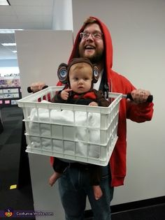 E.T. and Elliot go for a Ride - cute DIY parent/baby Halloween costume