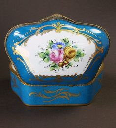 Limoges Boxes.....