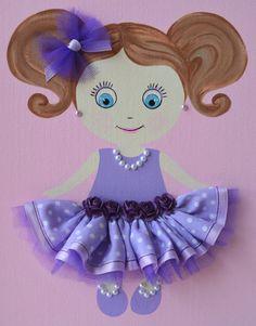 Muñeca personalizada hecha a mano de 9 X 12 enmarcado lona placa de nombre.   Esta pieza de arte de pared puede ser personalizada a cada pequeño