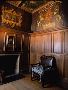 Royal Birthing Room - Edinburgh Castle. In 1566, Mary Queen of Scots gave birth to James VI in this tiny closet bedroom.
