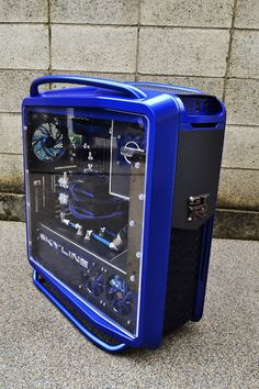 """Hara's highly detailed """"GT-R"""" PC is finished. This build oozes with cool Super car inspired modifications. Nice and blue. Alter Computer, Computer Build, Computer Setup, Computer Case, Computer Technology, Gaming Computer, Gaming Pc Build, Gaming Pcs, Gaming Station"""