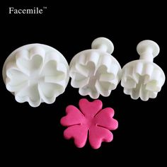 Five leaves heart Gift Decorating Embossing Gift 3Pcs Mini Gift Mold Spring Gift Cookie Chocolate Jelly Baking Fondant 01077