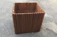 【木工仕事】三角板のウッドプランターば作るばい | 佐世保便利屋ブエノの日々と時々山羊 #プランター #ウッドプランター #ハンドメイド#planter  #woodplanter #handmade #佐世保便利屋 #便利屋 #佐世保便利屋ブエノ #便利屋ブエノ