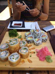 sushi. ✖️