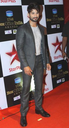 Shahid Kapoor at STAR Box Office Awards. #Bollywood #Fashion #Style #Handsome