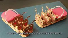 How to make Santa's sleigh with reindeer from recycled egg carton / DIY