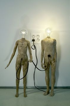 The Curious Life of Light Bulb Head Sculptures - My Modern Metropolis