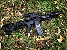 """Bilbo Baskins on Instagram: """"@tatay_tactical/@pinoyglockamole going hard with the #quadrail. Timeless setup with the #eotech #EXPS3-4 AND #g33magnifier #danieldefense…"""""""