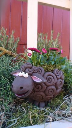 """This nice * """"black sheep"""" * is ready for all kinds of services … in his back … – Air Dry Clay Ceramic Animals, Clay Animals, Ceramic Art, House Plants Decor, Plant Decor, Paper Clay, Clay Art, Clay Projects, Clay Crafts"""