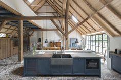 Architecture Details, Interior Architecture, Interior And Exterior, Interior Design, Old Kitchen, Rustic Kitchen, Cocinas Kitchen, Barn Living, Little Houses