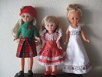 Nancy con jersey conjunto escocés coordinado con boina de mi creación y falda escocesa casera. Trini con vestido de flamenca años 70 de Nancy y Nancy con vestido de los 70 modelo Chal sin echarpe