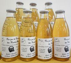 Pur Jus de pomme des Hautes-Alpes, Reinette, Granny Smith, Pommes-Coing. Gautier LE BERSAC. #produitslocaux #buech Pur Jus, Gautier, Pomes, Haute Provence, Wine, Drinks, Bottle, Apple Juice, Mountains