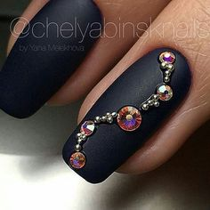 Here are some hot nail art designs that you will definitely love and you can make your own. You'll be in love with your nails on a daily basis. Swarovski Nails, Crystal Nails, Rhinestone Nails, Bling Nails, Gem Nails, Diamond Nails, Matte Nails, Hair And Nails, Stiletto Nails