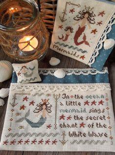 The Little Stitcher: Freebie