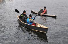 Jungfernfahrt im selbst gebauten Kanu in Berlin vor unserer Werkstatt