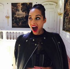 Pin for Later: All the Celebrities You Should Be Following on Instagram! Alicia Keys Follow Alicia: aliciakeys