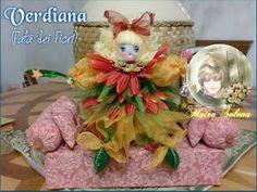 Una Fata dei fiori colorata e scintillante per risvegliare il buonumore! Cucita a mano e profumatissima.