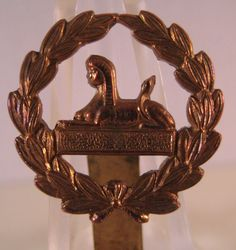 28/LXI Militaria UK – Cap / Headdress Badge – 4th, 5th & 6th Territorial Battalions of The Gloucestershire Regiment (Glosters) Blank Plinth, BACK BADGE.