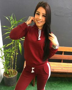 Sport Chic, Sport Girl, Rafaela Walker, New Outfits, Cool Outfits, Chica Cool, Tumblr Girls, Sexy Hot Girls, Gorgeous Women