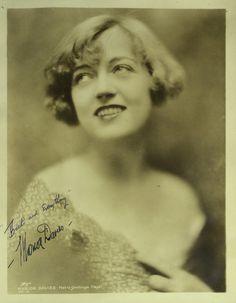 Actress MARION DAVIES - Vintage Photo Signed