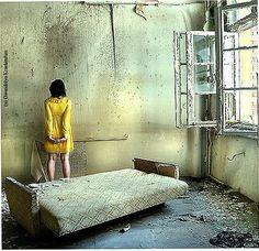 The Yellow Wallpaper....@Vani Konda & Zoei....this story was crazy!!!