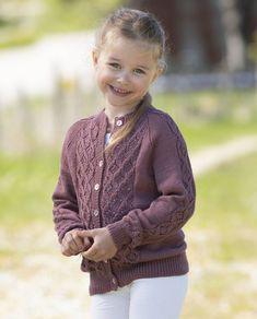 Sticka söt kofta med flätor – gratis beskrivning | Allas Stick O, Baby Barn, Knitting For Kids, Drops Design, Alpacas, Handicraft, Norway, Vikings, Knitting Patterns