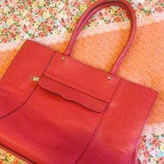 Rebecca Minkoff MAB Tote Bag (Red) Beautiful large tote in excellent condition, barely used. Please note however that the tassel is no longer attached to the zipper. Otherwise, bag is almost new. Rebecca Minkoff Bags Totes