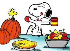 Snoopy and Woodstock Peanuts Thanksgiving, Thanksgiving Pictures, Snoopy Comics, Fun Comics, Peanuts Cartoon, Peanuts Snoopy, Snoopy Love, Snoopy And Woodstock, Peanuts Characters