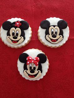 Mickey mouse cookie :) Bilgi ve sipariş için whtsapp numaramız 0544 323 50 72 www.kurabiyenoktasi.com