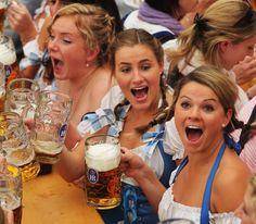Just Funny Pictures: Oktoberfest Oktoberfest Costume, Oktoberfest Beer, October Festival, German Girls, Beer Girl, German Beer, Beer Festival, Beer Mugs, Party