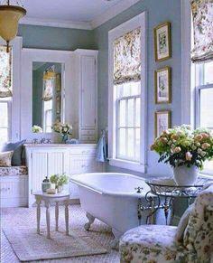 Fabulous Ideas Can Change Your Life: Shabby Chic Bathroom Blue shabby chic fabric birthday parties.Shabby Chic Sofa Home Tours shabby chic cottage cabin. Cottage Style Bathrooms, Dream Bathrooms, Beautiful Bathrooms, Country Bathrooms, Romantic Bathrooms, Chic Bathrooms, Small Bathrooms, Bad Inspiration, Bathroom Inspiration