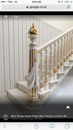 Antique motives in the design project of a ladder march. Antique motives in the design project of a ladder march. Luxury Staircase, Staircase Handrail, Stair Railing Design, Grand Staircase, Gate Design, Door Design, House Design, Villa, Modern Stairs
