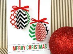 kreative Karte mit Weihnachstkugeln aus farbigem Karton