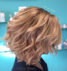 Blonde Balayage bob. Balayage and messy beach waves for blondes. INOA hair color at L'Oreal hair color salon, Denver CO.  www.hairbynatalia.com