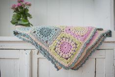 Crochet Home, Love Crochet, Crochet Granny, Crochet Yarn, Crochet Afghans, Blanket Crochet, Crochet Stitches, Yarn Projects, Crochet Projects