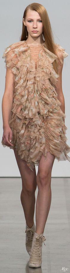 Spring 2017 Ready-to-Wear Zimmermann