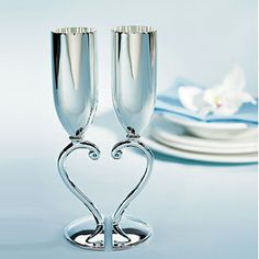 Cheers to Love with these Classic Styling Interlocking Heart Wedding Flutes