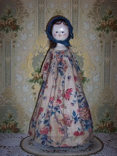 EARLY  Georgian Period Wooden Doll - Mid to late 1700's!