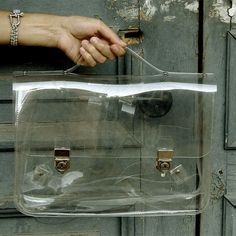 Transparent Ghost Bag No. 2 by Yegane Dilek - this would be ok if I had Ghost Stuff to put in it : ) Transparent Bag, Daily Dress, Glass Design, Bag Making, Fashion Bags, Fashion Ideas, Messenger Bag, Objects, Purses