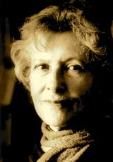 in mind denise levertov There's in my mind a woman of innocence, unadorned but fair-featured and smelling of apples or grass she wears a utopian smock or shift, her hair is light.