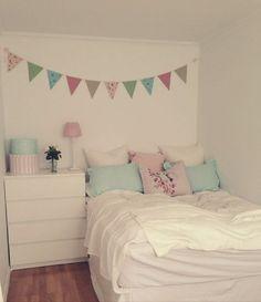 Image via We Heart It #cozy #home #interior #room