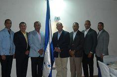 Autoridades policiales realizan encuentro de fraternidad con la Embajadora de Honduras en RD